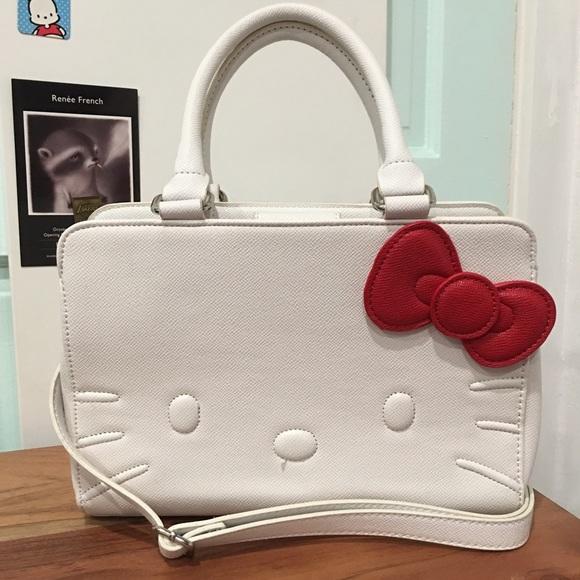 e0c55dcf8 Hello Kitty Handbags - Hello Kitty White Handbag